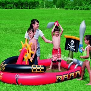 Kalóz pancsoló medence gyerekeknek